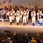 Nuntasii Bihorului la spectacol