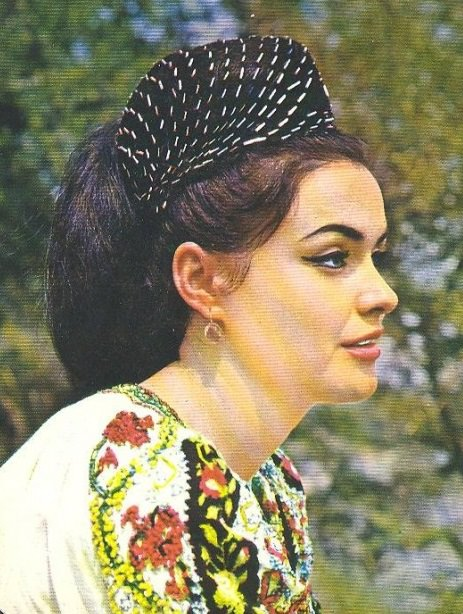 Maria Pietraru - Music Artist